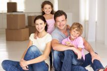The Pros And Cons Of Hiring A Removal Van For Your Own Move